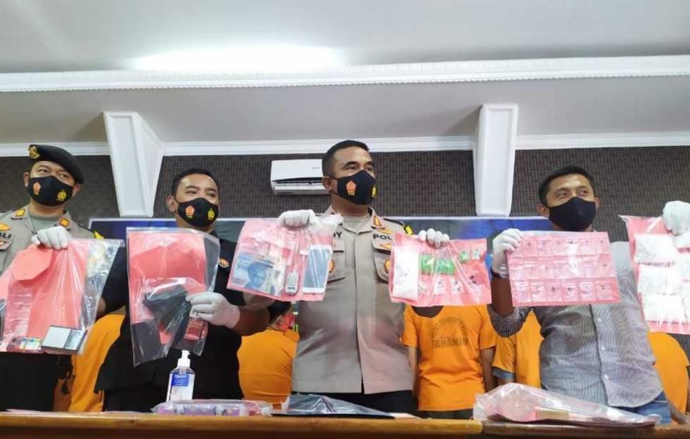 Sabu Hijau Ditemukan Dalam Operasi Tumpas Narkoba Mojokerto