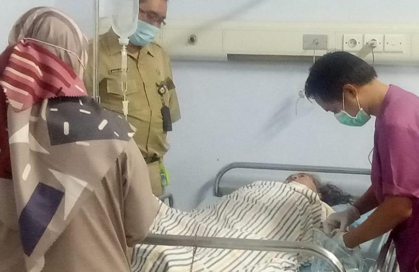 Ibu Yang Digorok Putra Kandungnya Akhirnya Meninggal, Setelah Dirawat Di Rumah Sakit