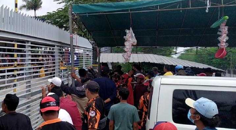 PT Surabaya Autocomp Indonesia Didemo Warga Lolawang, Ini Persoalnya