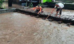 Sungai Sumber Pasinan Meluap Puluhan Rumah Terendam Banjir