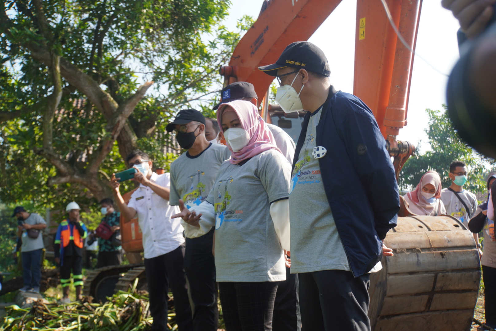 Foto : Walikota Mojokerto, Ika Puspitasari bersama kepala BBWS.