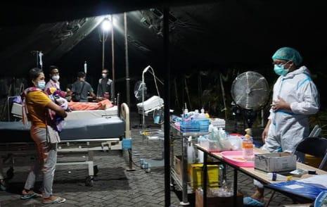 Tenda Darurat, Pasien Melonjak, RSUD dr Wahidin Sudiro Husodo